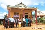 Quỹ Tình Sông Hương trao nhà tình nghĩa cho chị Trần Thị Ly - một gia đình hết sức khó khăn tại huyện miền núi A Lưới