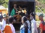A Lưới: Hỗ trợ cho 90 hộ dân đồng bào Lào trên 300 triệu đồng