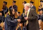 Nữ sinh Huế hai lần nhận bằng khen của Tổng thống Mỹ