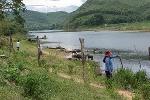 Cấp giấy chứng nhận quyền sử dụng đất cho các hộ bị ảnh hưởng bão lụt năm 1999 và những vấn đề đặt ra