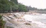 Nhiều nơi sạt lở nghiêm trọng sau bão số 10