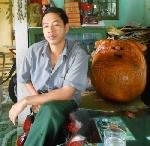 """Gặp nghệ nhân làm nghề """"kỳ dị"""" nổi tiếng ở xứ Huế"""