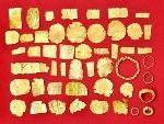 Sưu tập được 49 hiện vật bằng vàng của nền văn hóa Óc Eo