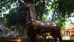 Vì sao ngựa sắt vẫn ngự ở đền Phù Đổng?