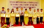 ĐH Huế khen thưởng sinh viên tài năng và tuyên dương thủ khoa năm 2014