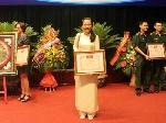 Sáng chế chữa bỏng hoàn toàn mới của cô sinh viên xứ Huế