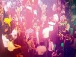 DỰ THẢO QUY CHẾ KINH DOANH DỊCH VỤ VĂN HÓA CÔNG CỘNG: Cấm nhảy khi hát karaoke