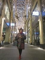 Đứng giữa chợ Noel mà nhớ Noel…