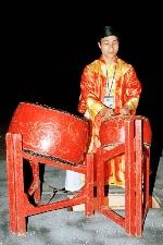 Vai trò trống chiến trong sân khấu hát bộ truyền thống Huế