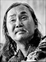 Tuyển tập truyện ngắn Sông Hương 30 năm: GIẾNG TRĂNG