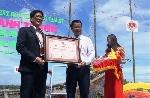 'Con đường thuyền thúng' lập kỷ lục Việt Nam