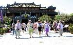 Tổng lượt khách đến Huế trong 2 tháng đầu năm ước đạt hơn 715,960 nghìn lượt.
