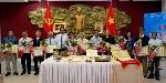 Lễ trao tặng và tiếp nhận tư liệu, hiện vật về Chủ tịch Hồ Chí Minh.