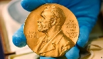 Nobel Văn học 2019 sẽ trao hai giải