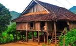 Mai một nhà sàn truyền thống của người Thái