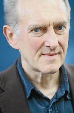 James Kelman: 'Giải Booker hủy hoại sự nghiệp của tôi'
