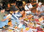 Chiếu sách vỉa hè ở Sài Gòn có thể bị dẹp bỏ