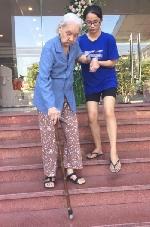 Người già trong dòng chảy xã hội