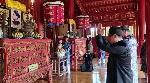 Dâng hương tưởng niệm vua Hàm Nghi