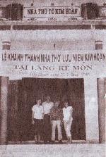 Thăm Nhà thờ Tổ nghề Kim Hoàn