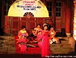Rộn rã ngày Thơ Việt Nam tại Huế