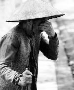 Thơ Sông Hương 04-2000