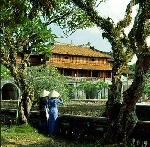 """""""Nê ngõa tượng cục"""" (*) với các công trình kiến trúc ở Huế"""