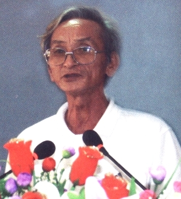 Nhà thơ Hoàng Phụng Cầm qua đời