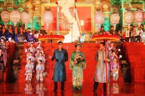 Bế mạc Festival Nghề truyền thống Huế 2013
