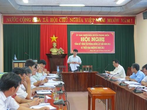 """Phong Điền chủ động phòng chống lụt bão với phương châm """"5 tại chỗ""""."""