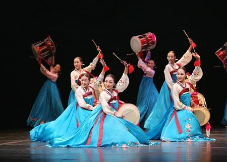 Tối nay, 3-7, dàn nhạc dân tộc hàng đầu Hàn Quốc biểu diễn tại Việt Nam