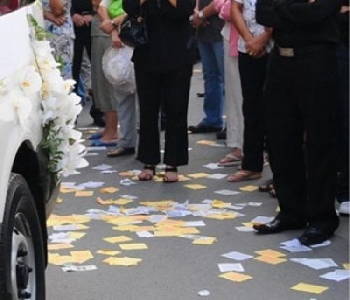 Thành phố Huế: đề xuất 7 tuyến đường hạn chế đưa tang và không rải vàng mã trên địa bàn