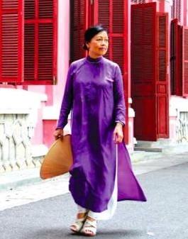 """""""Với chiếc áo dài, mọi phụ nữ Việt đều bình đẳng trong sắc đẹp!"""""""