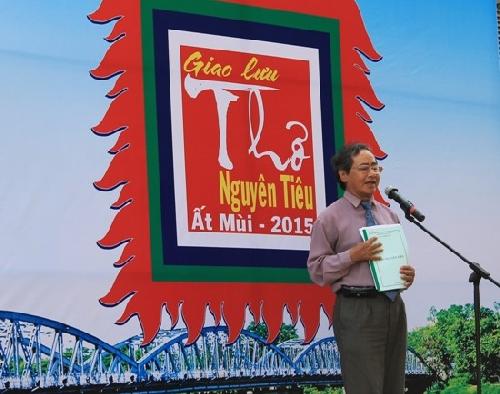 Ngày thơ Việt Nam ở Huế