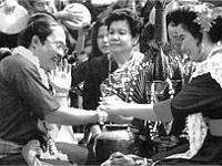 Ngày hội té nước Song-kran Thái Lan