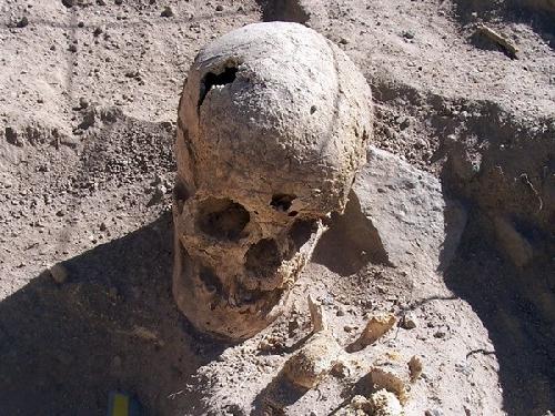 Phát hiện hàng chục mộ cổ chứa xác ướp 1.200 năm tuổi ở Peru