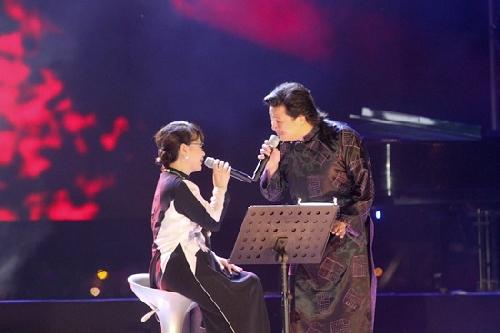 Đêm nhạc Trịnh Công Sơn thu hút khán giả yêu nhạc Trịnh.