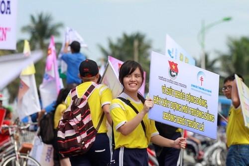 Huế, Nha Trang: Thành phố du lịch trong sạch, không khói thuốc