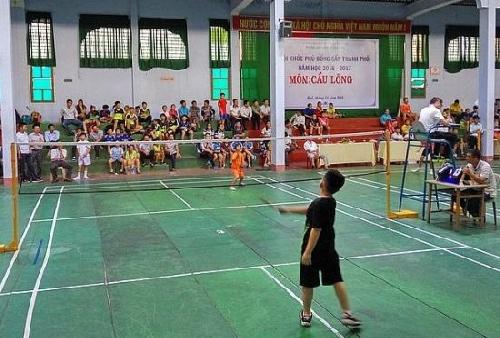 137 vận động viên tham gia giải cầu lông Tiểu học và Trung học cơ sở TP Huế
