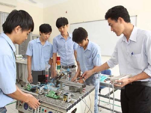"""Phát động cuộc thi """"Khởi nghiệp đổi mới sáng tạo"""" tỉnh Thừa Thiên Huế năm 2017"""