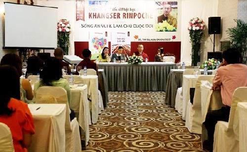 Tiến sĩ Phật học Khangser Rinpoche chia sẻ Sống an vui và làm chủ cuộc đời