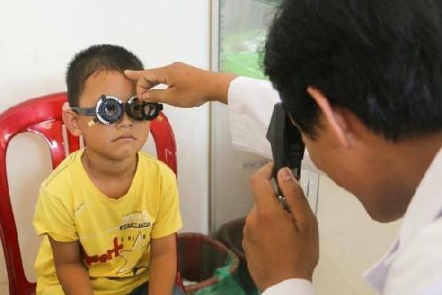 Chương trình phẫu thuật miễn phí cho trẻ em từ 0-16 tuổi bị bệnh về mắt