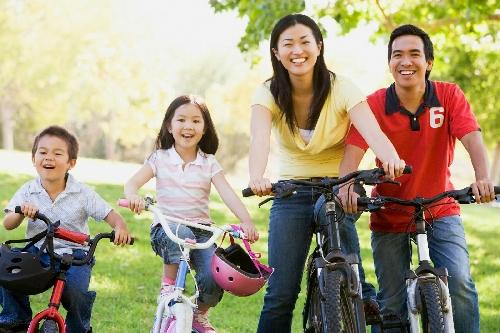 """Hội thi """"Gia đình thể thao"""" chào mừng kỷ niệm 16 năm Ngày Gia đình Việt Nam"""