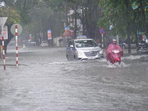 Tăng cường khả năng chống chịu lũ lụt ở đô thị thành phố Huế