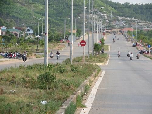 Đầu tư chỉnh trang đường Võ Văn Kiệt