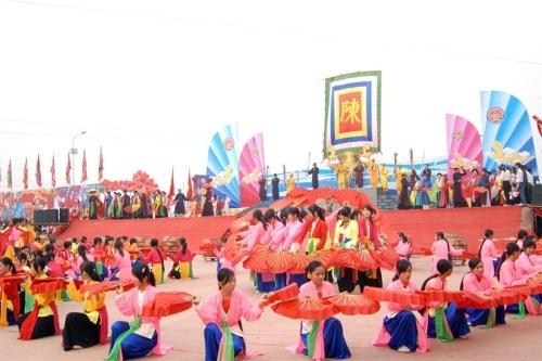 Bộ Văn hóa, Thể thao và Du lịch siết quản lý tổ chức lễ hội