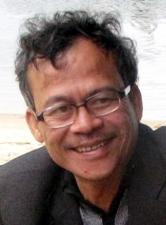 Tuyển tập truyện ngắn Sông Hương 30 năm: HOÀNG HÔN BIỂN