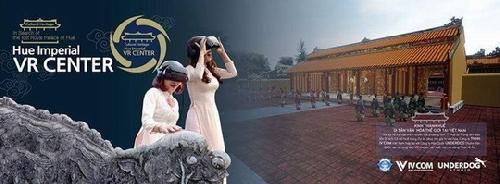 """Ra mắt chương trình """"Đi tìm Hoàng cung đã mất"""" vào dịp Festival Huế 2018."""