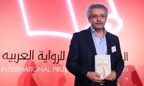 Nhà văn Ibrahim Nasrallah chiến thắng giải tiểu thuyết Ả Rập