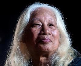 Tuyển tập truyện ngắn Sông Hương 30 năm: KINH THÀNH BỎ NGÕ